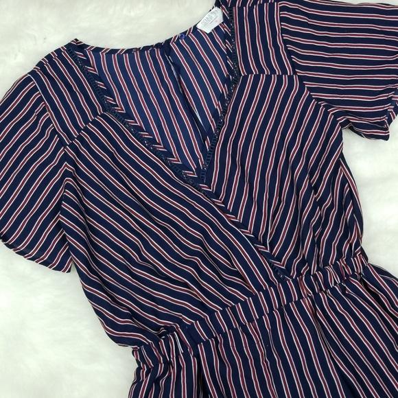 a64447257c13 Sienna Sky Striped Jumpsuit. M 5b993a55a31c33917fec0219